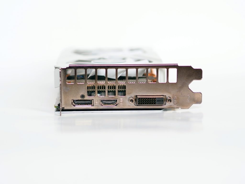 RTX 2070 connectors