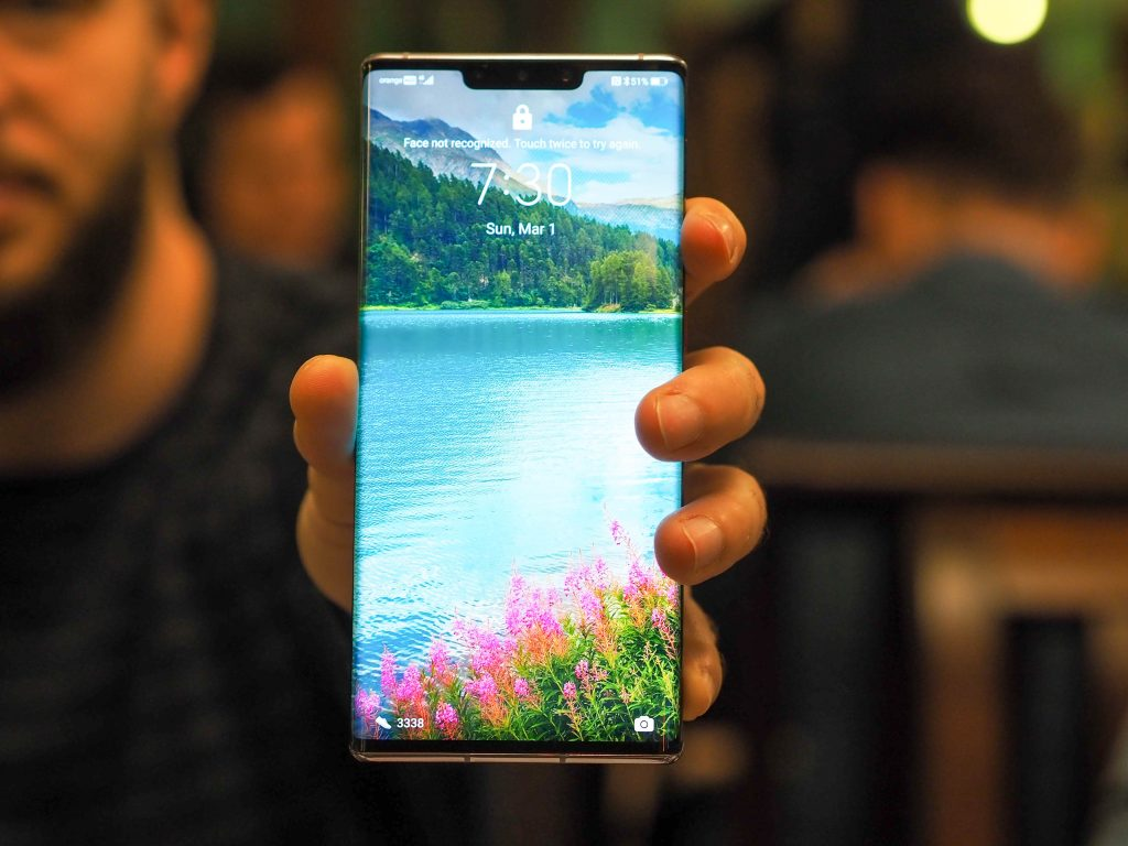 Huawei_Mate_30_PRO_front
